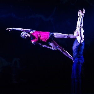 Circus performer Duo Ogor one key by vip